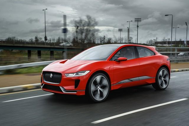 Le concept électrique Jaguar I-Pace dans les rues de Londres  726207ipacelondon011