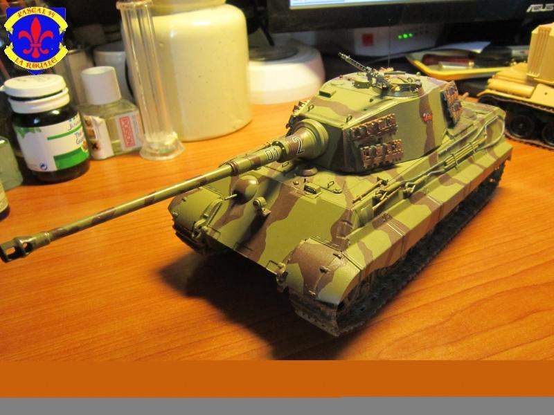 Sd.Kfz.182 King Tiger à tourelle Henschel de Dragon au 1/35e par pascal 94 - Page 2 732590IMG1612b