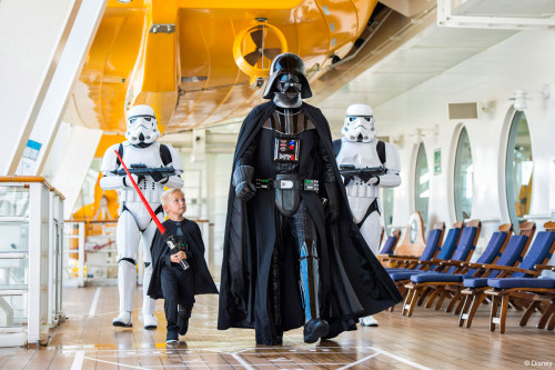[Disney Cruise Line] Disney Fantasy (2012) - Page 6 733625DCL