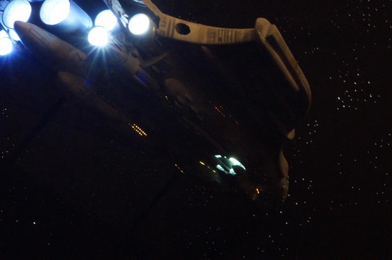 STAR WARS : Diorama Flotte rebelle - Page 6 739860DSC01275