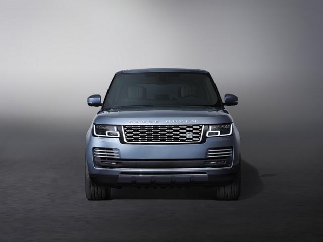 Le Nouveau Range Rover intègre dans sa gamme une motorisation essence hybride rechargeable 742490rr18mystatic10101702