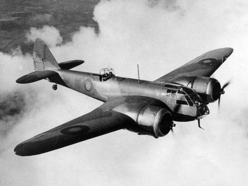 LFC : 16 Juin 1940, un autre destin pour la France (Inspiré de la FTL) 743191800pxBristolBlenheimExCC