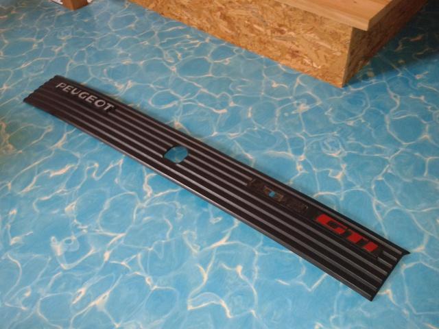 [AutoRétro-63]  205 GTI 1L9 - 1900cc rouge vallelunga - 1990 - Page 6 74610120130613150657