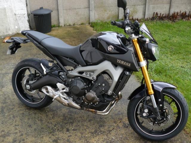 Photos de toutes les Yamaha MT-09 du forum ! :) 751515YRanoDA