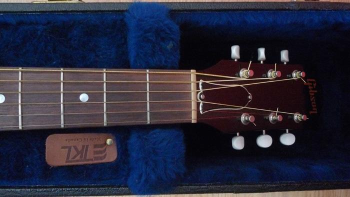Présentation de nos guitares de grandes marques (présentation des guitares uniquement, pas de commentaires) 754388Tte