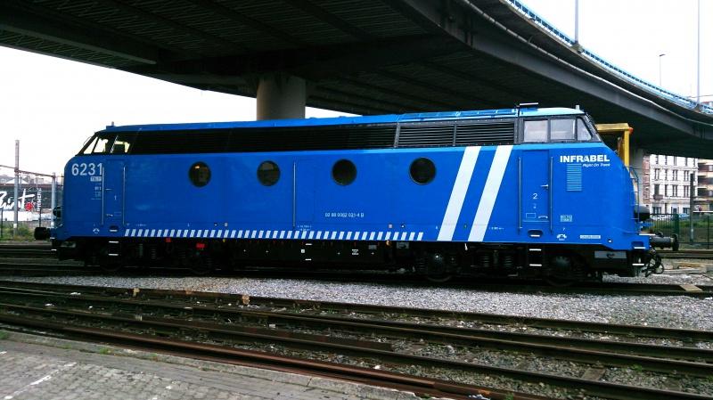 Les type 62/63 INFRA bleues et les grilles d'aération pour les P.C. 757828IMG20141003093002
