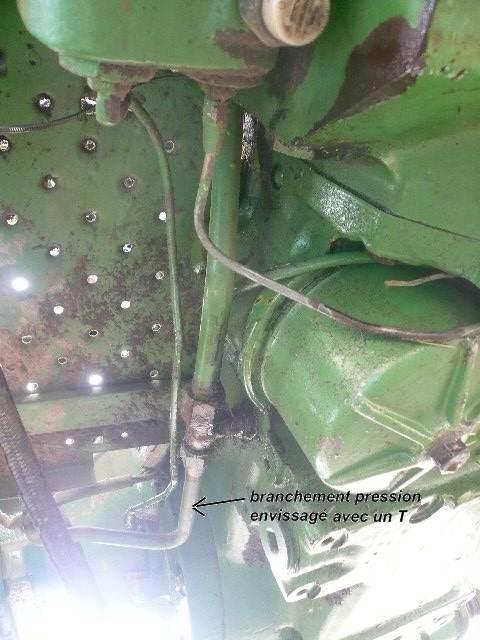 installation d'un distributeur hydraulique  760341P1040003
