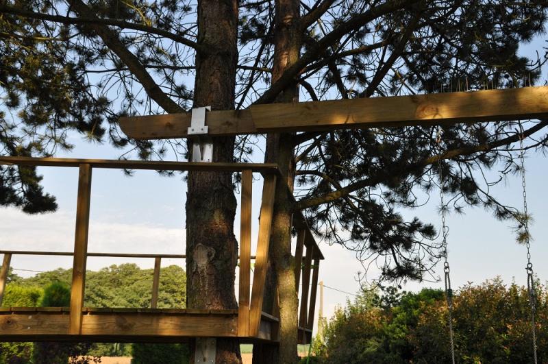 Projet de toboggant pour la cabane dans les arbres de mon fils, vos idées? - Page 3 763062Cabane27