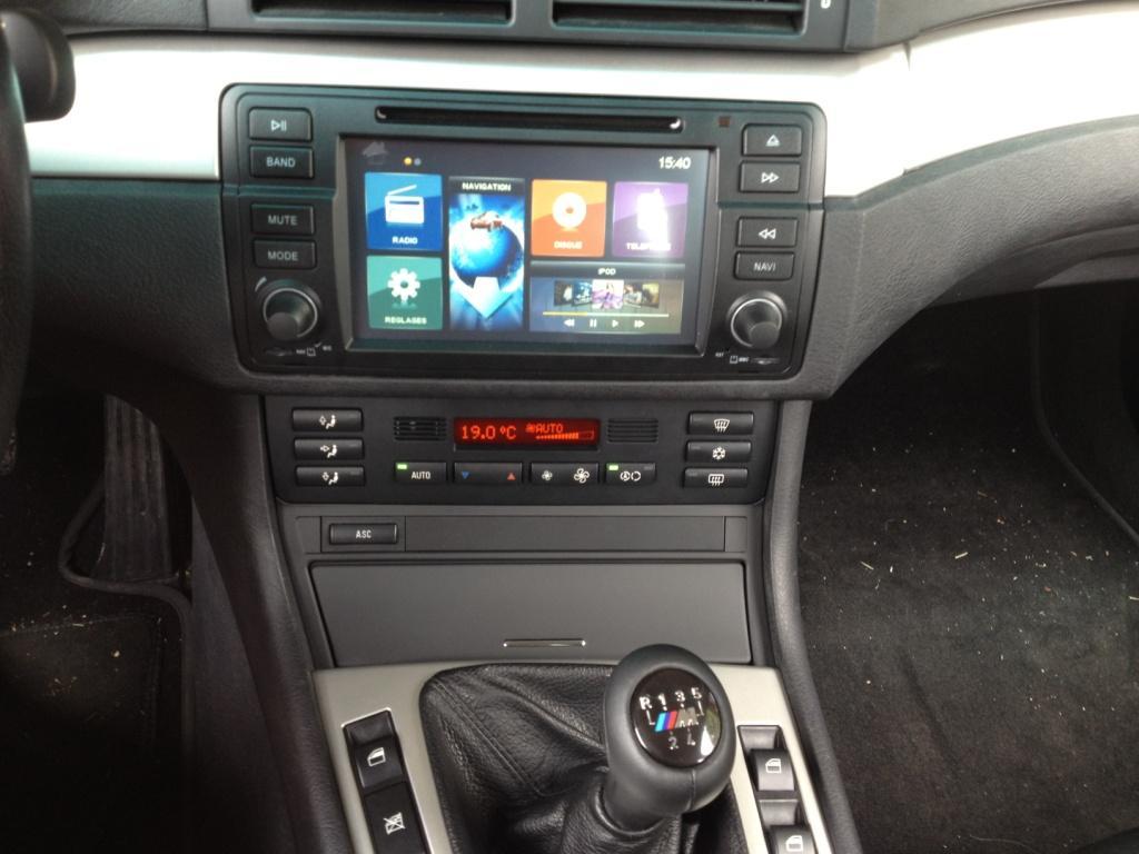 [BMW 330 d E46] Autoradio multimédia 764462IMG0814