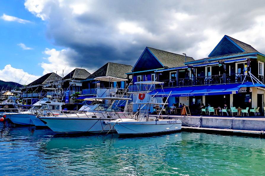 [Vie des ports] Les ports de la Réunion - Page 2 767249marchsaintpaulstgilles163