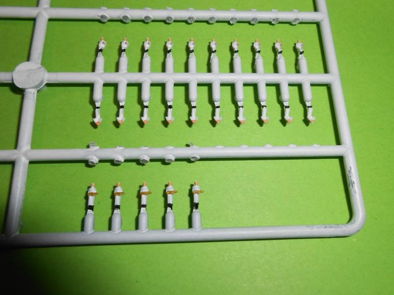 NAGATO Hasegawa 1/350- PE- Ponts en bois - Page 2 772847DSCN6535