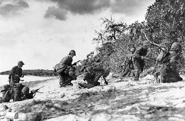 Saipan 1944. 779187beach_assault_saipan_lg