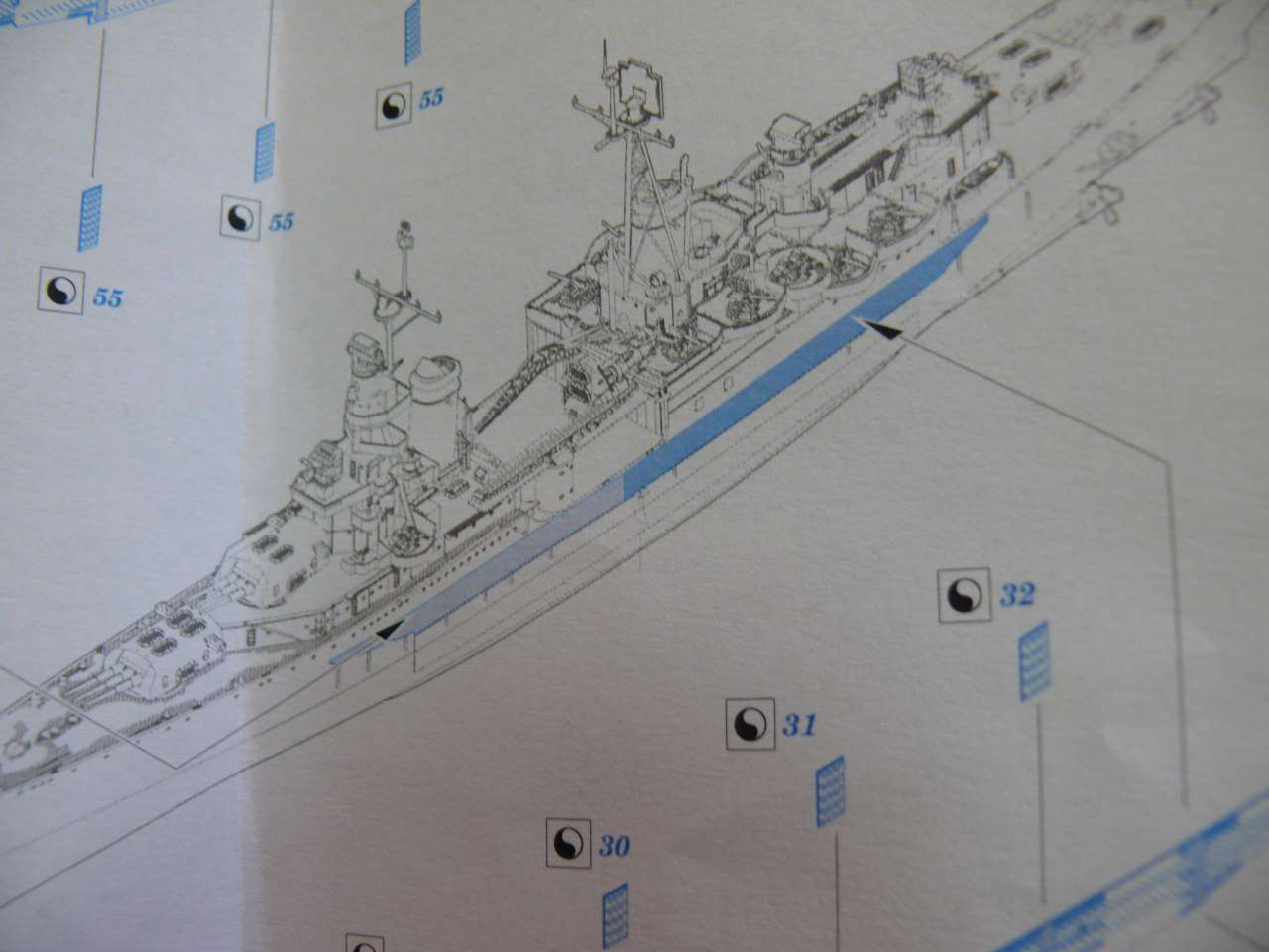 USS Indianapolis 1/350 Academy - 1945 - Page 2 779537Indianapolis23