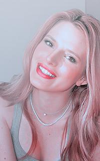 Bella Thorne 785957Bellaav2