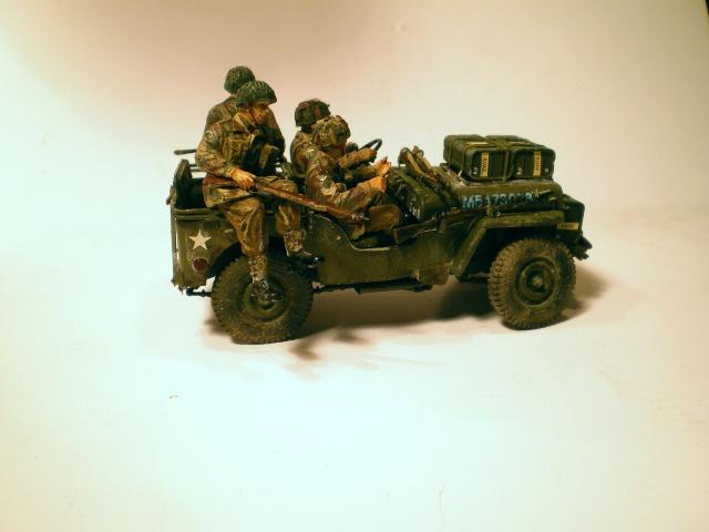 jeep indochine - 6 pdr ,jeep ,équipage airborne Bronco 1/35 (sur la route de Ouistreham) 792572IMGP0012