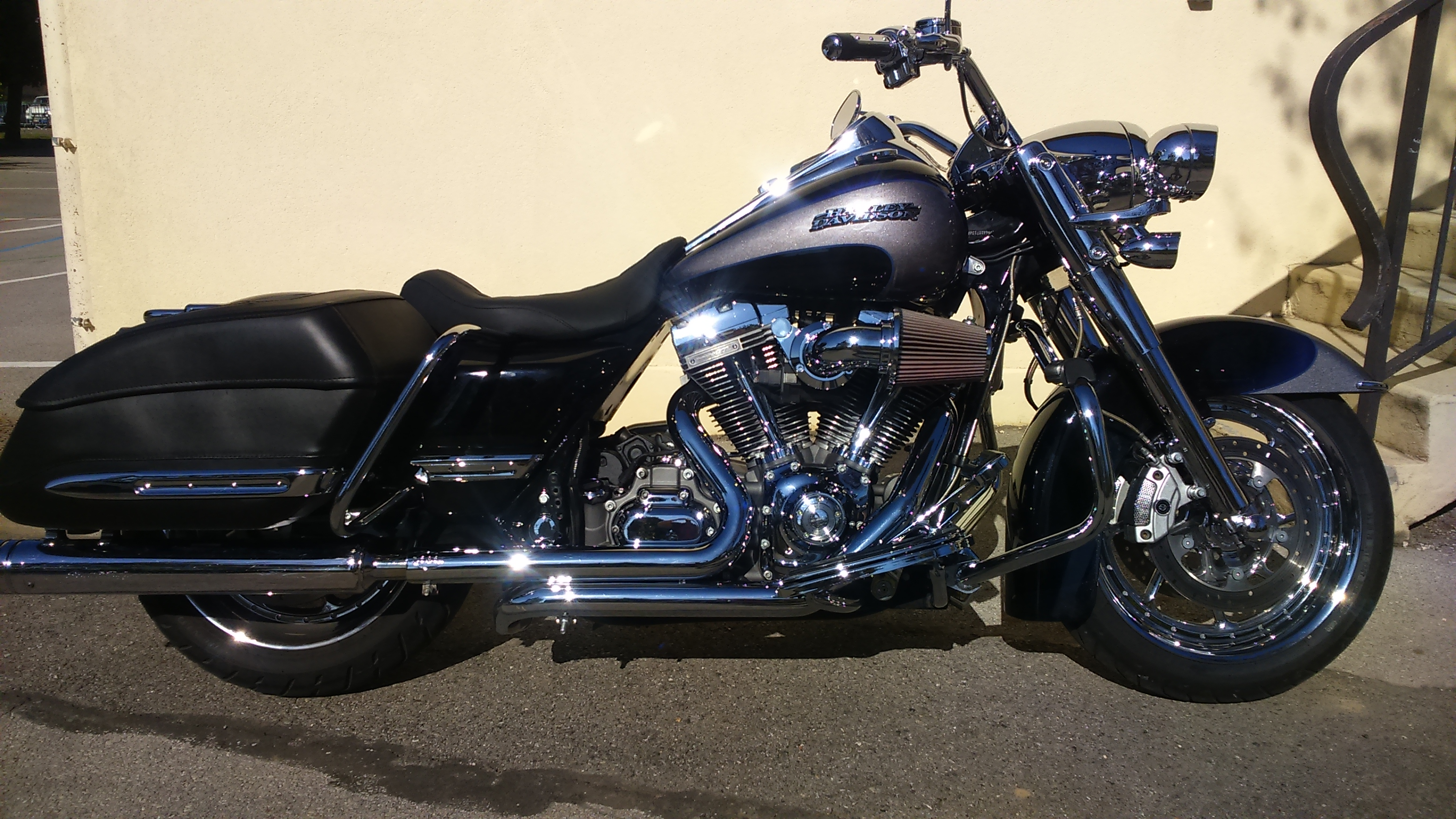 Road King uniquement, combien sur Passion-Harley  - Page 38 793595DSC0932