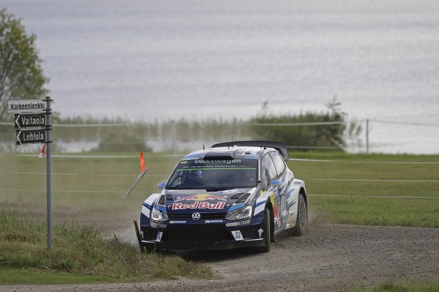 Rallye de Finlande : Deuxième place pour Latvala, triplé Volkswagen au classement provisoire du championnat pilotes  795525hd042016wrc08bk63511