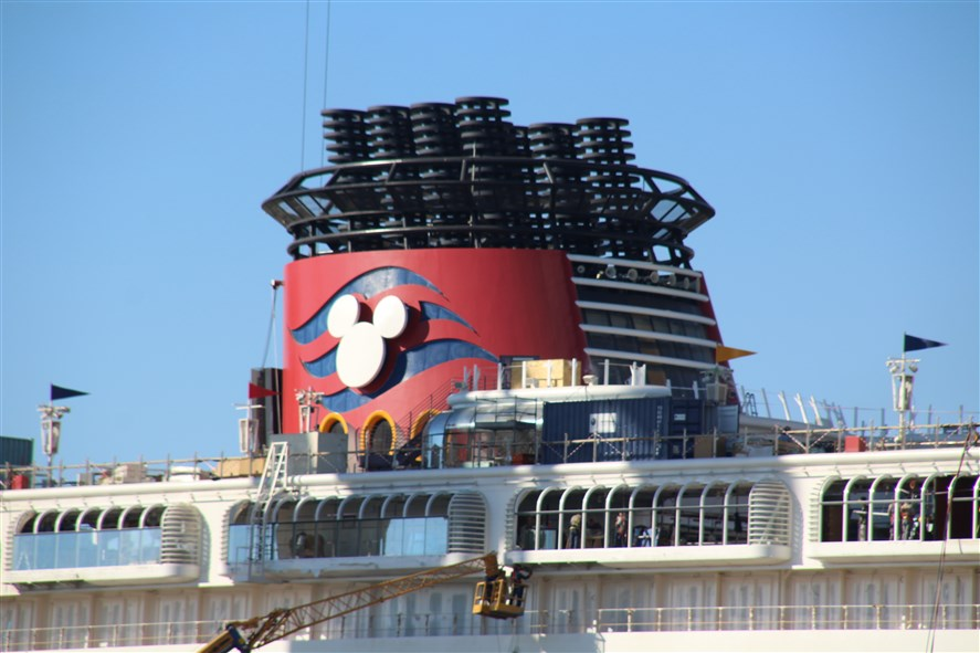 Disney Magic & Disney Wonder - Transformations [Disney Cruise Line - 2013 et 2016] - Page 3 797875DisneyWonderCadiz3