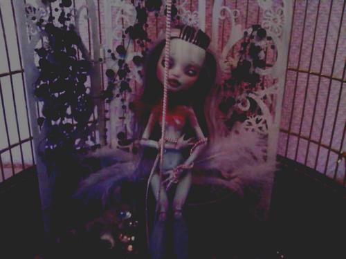 Woodoo Ih Poom{Monster High doll custom} ~up p.2~ 801559201108231528
