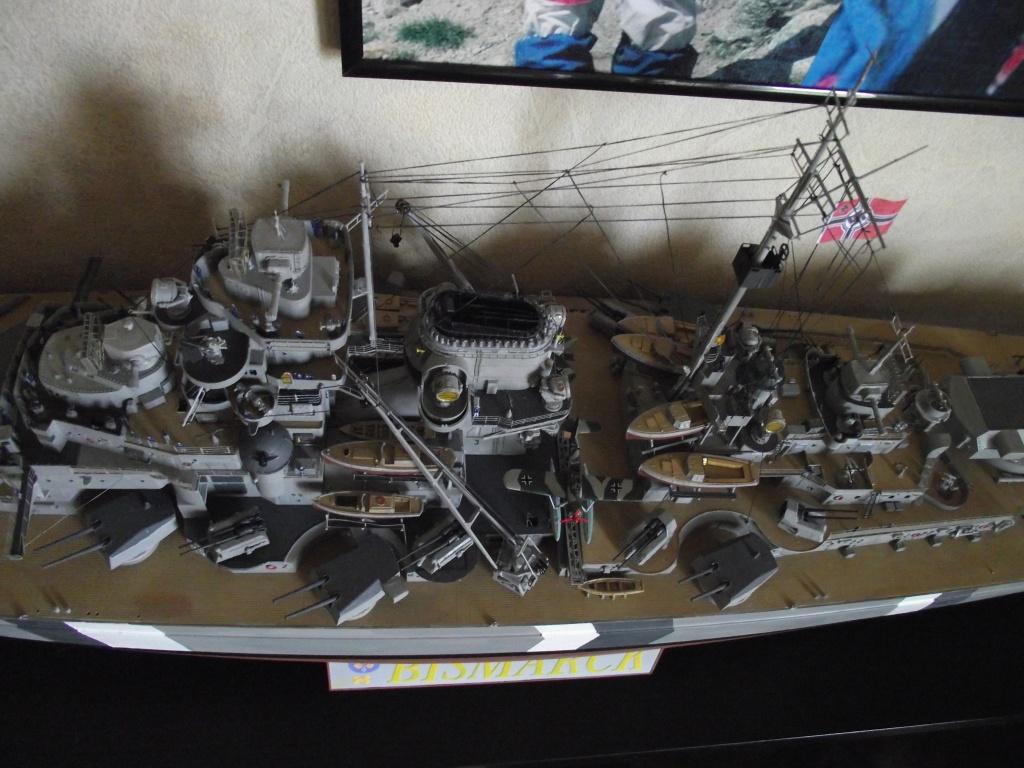Bismarck 1/200 Trumpeter - Page 6 803118Bismarck1x200134