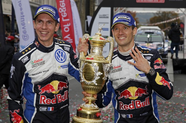 Victoire de Sébastien Ogier/Julien Ingrassia et quatrième titre constructeurs pour Volkswagen  812526hd022016wrc12bk30988