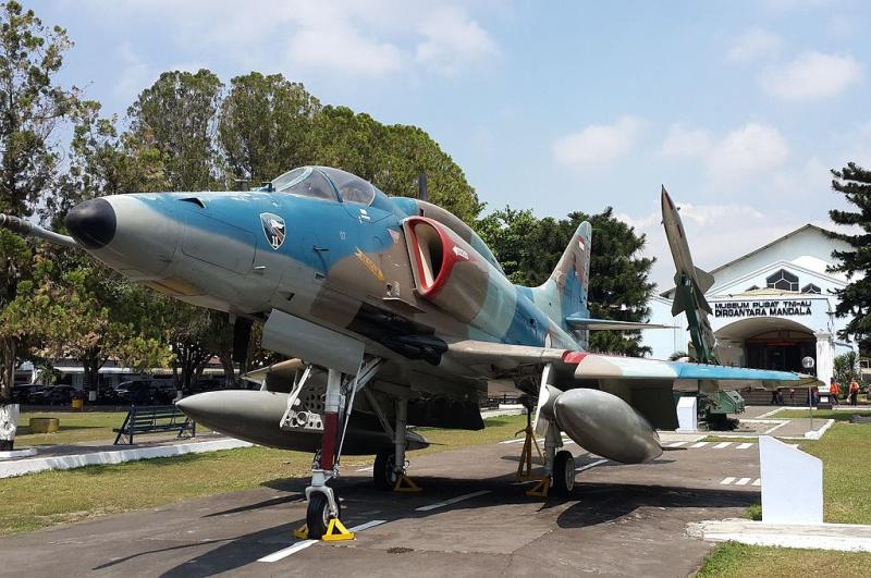 DOUGLAS A-4 SKYHAWK [NOUVELLE VERSION] 815259DouglasA4HSkyhawk6