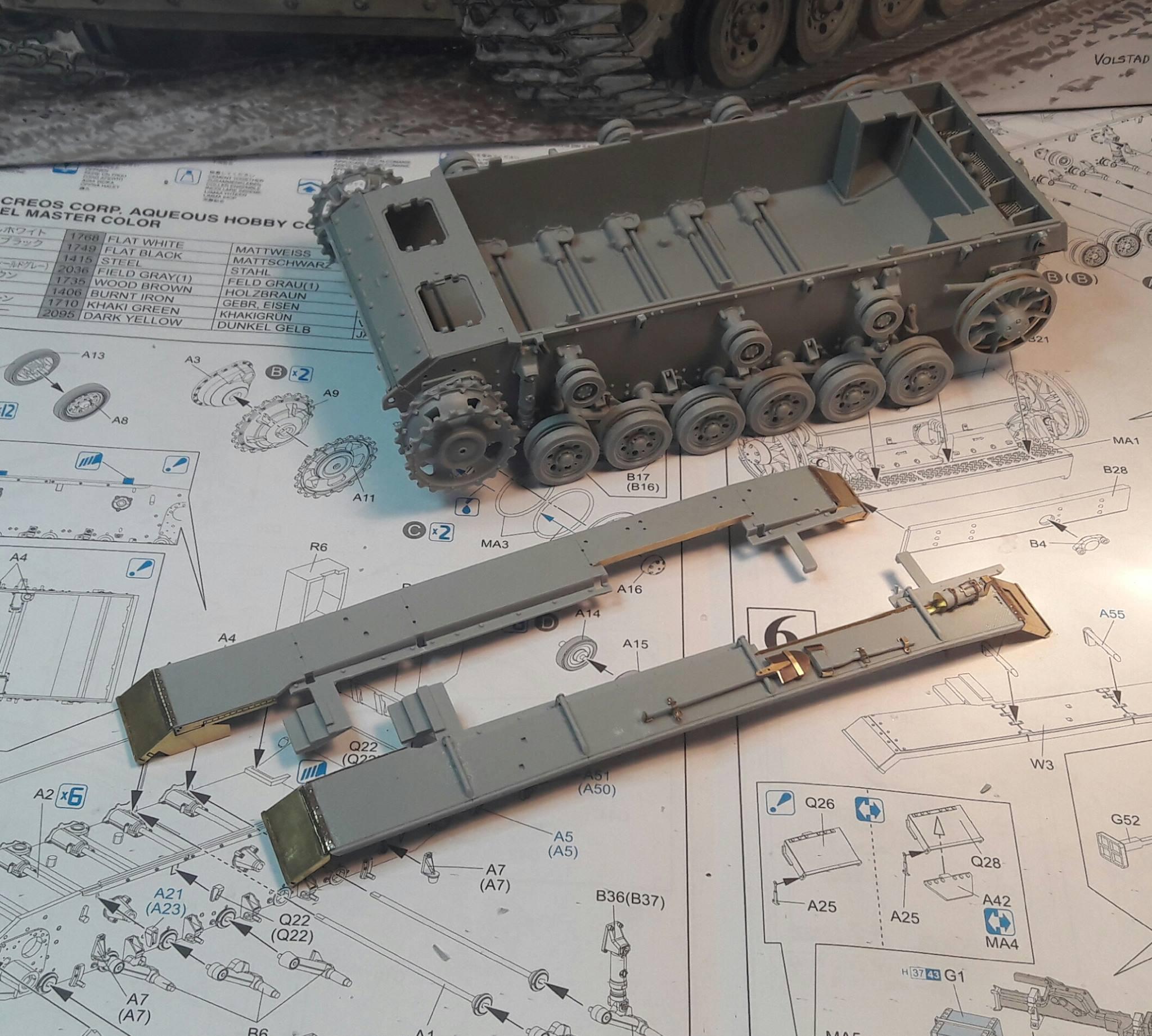 StuG.III Ausf.F/8 late production w/Winterketten - 1/35 815784Step6