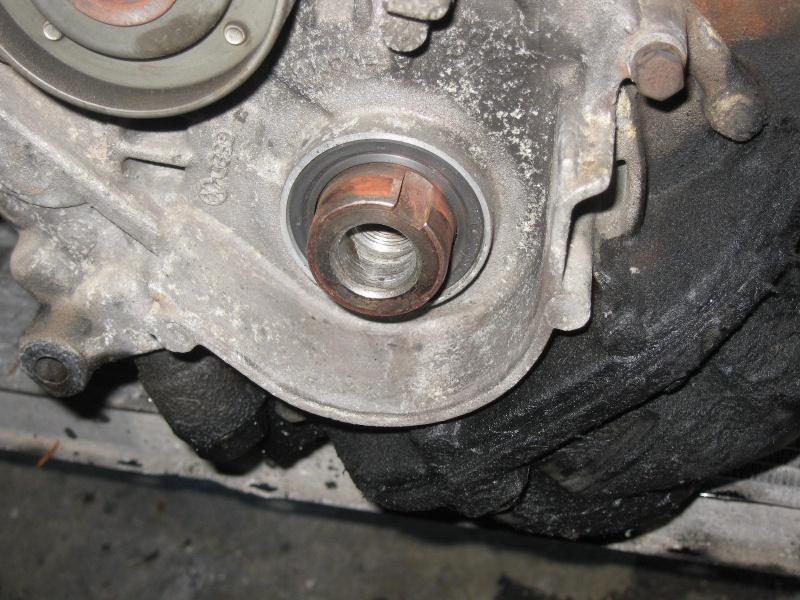 [Tuto] Remplacement moteur CP par un volvo (240) 818858IMG4788
