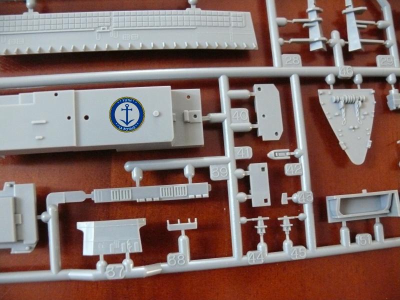 JMSDF LST Osumi 1/700 (Tamyia) 820218P1080425