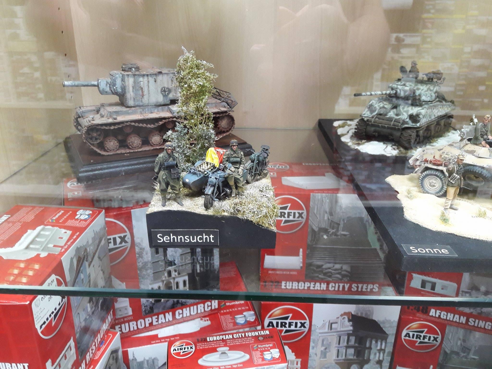 Zündapp KS750 - Sidecar - Great Wall Hobby + figurines Alpine - 1/35 - Page 5 8210092013820910211814942543543569243999o