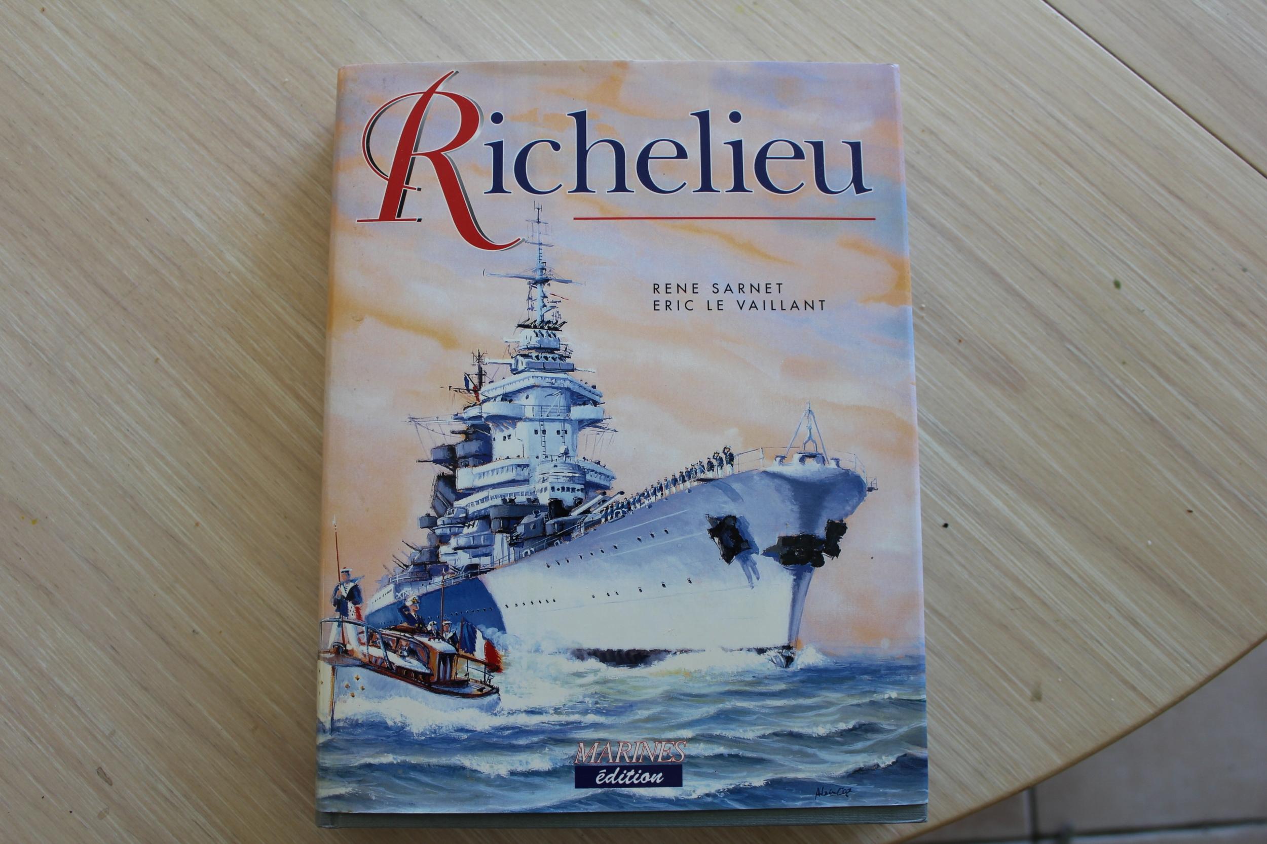 Cuirassé Richelieu 1/100 Vrsion 1943 sur plans Polonais et Sarnet + Dumas - Page 2 825317IMG08962500x1667