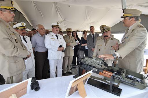 القوات البرية الجزائرية  - صفحة 2 826002823005MAT1112