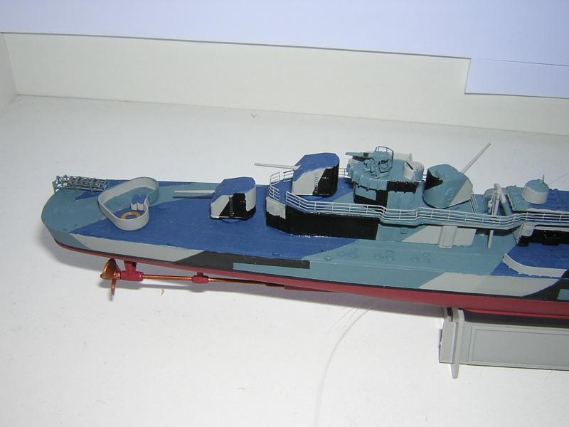 DD- 541 USS YARNELL 1/350, base Trumpeter 826350DSCN7080