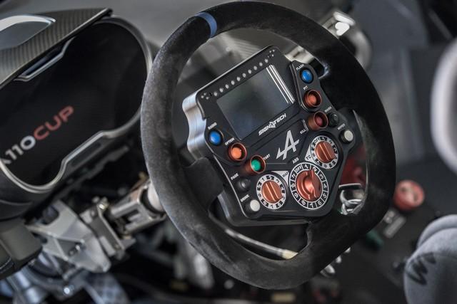 Alpine A110 Cup : une authentique voiture de course, taillée pour les plus grands circuits européens 834137211987212017AlpineA110Cup