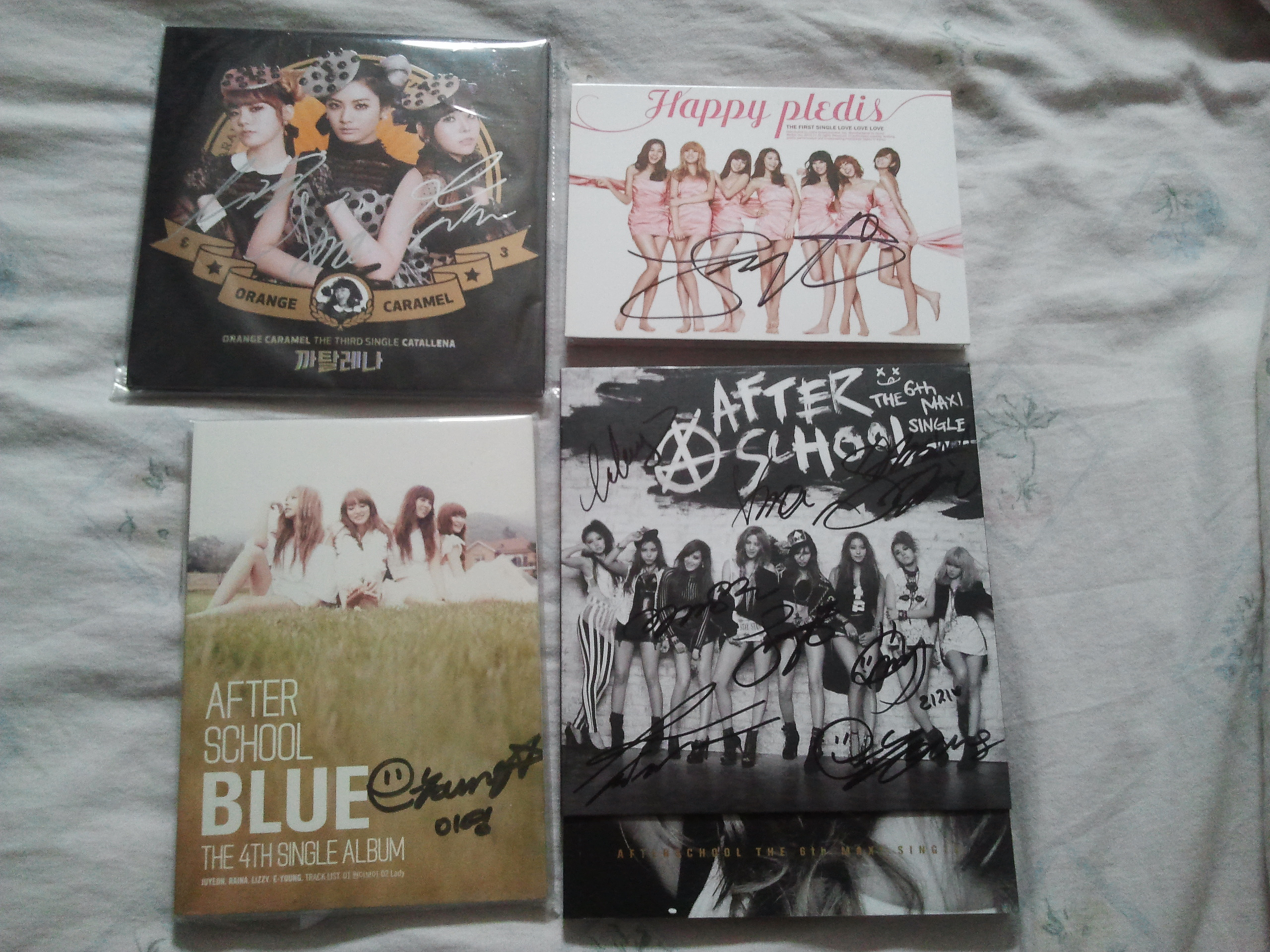 [DISCUSSION] Are the AS members changing their autographs? Calling detective PGZ and PBZ! 83472520140820134201