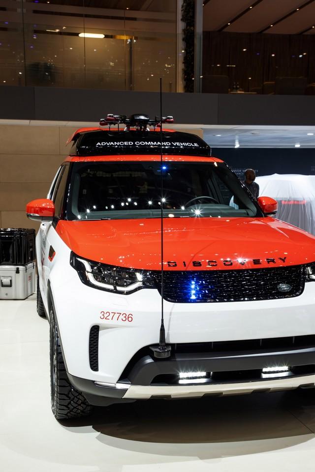 Project Hero, une version unique du nouveau Land Rover Discovery pour la Croix Rouge autrichienne  838181lrnewdiscoveryprojecthero07021725
