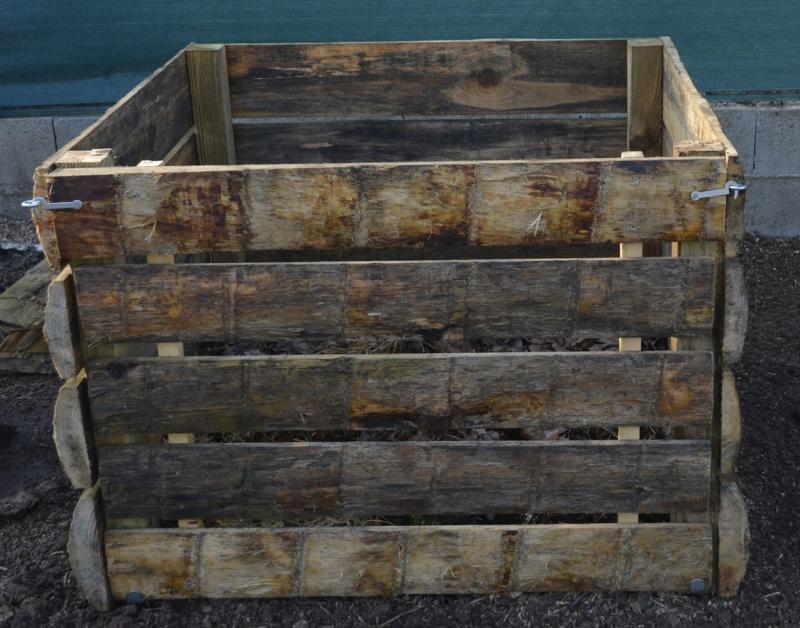 Fabrication d'un composteur en bois 844309DSC4975