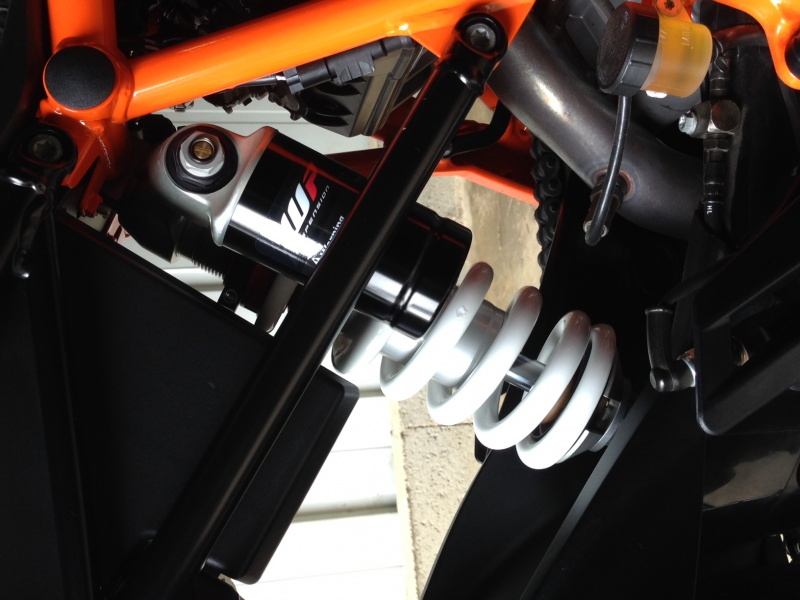 réglages suspensions - Page 3 845326photo