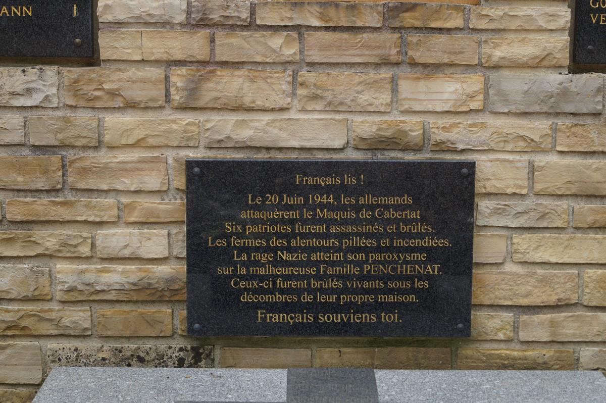 [Histoires et Histoire] Monuments aux morts originaux Français Tome 1 - Page 30 845455DSC03438