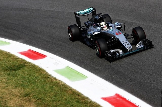 F1 GP d'Italie 2016 (éssais libres -1 -2 - 3 - Qualifications) 8459092016gpditalieessaislibres2lewishamilton