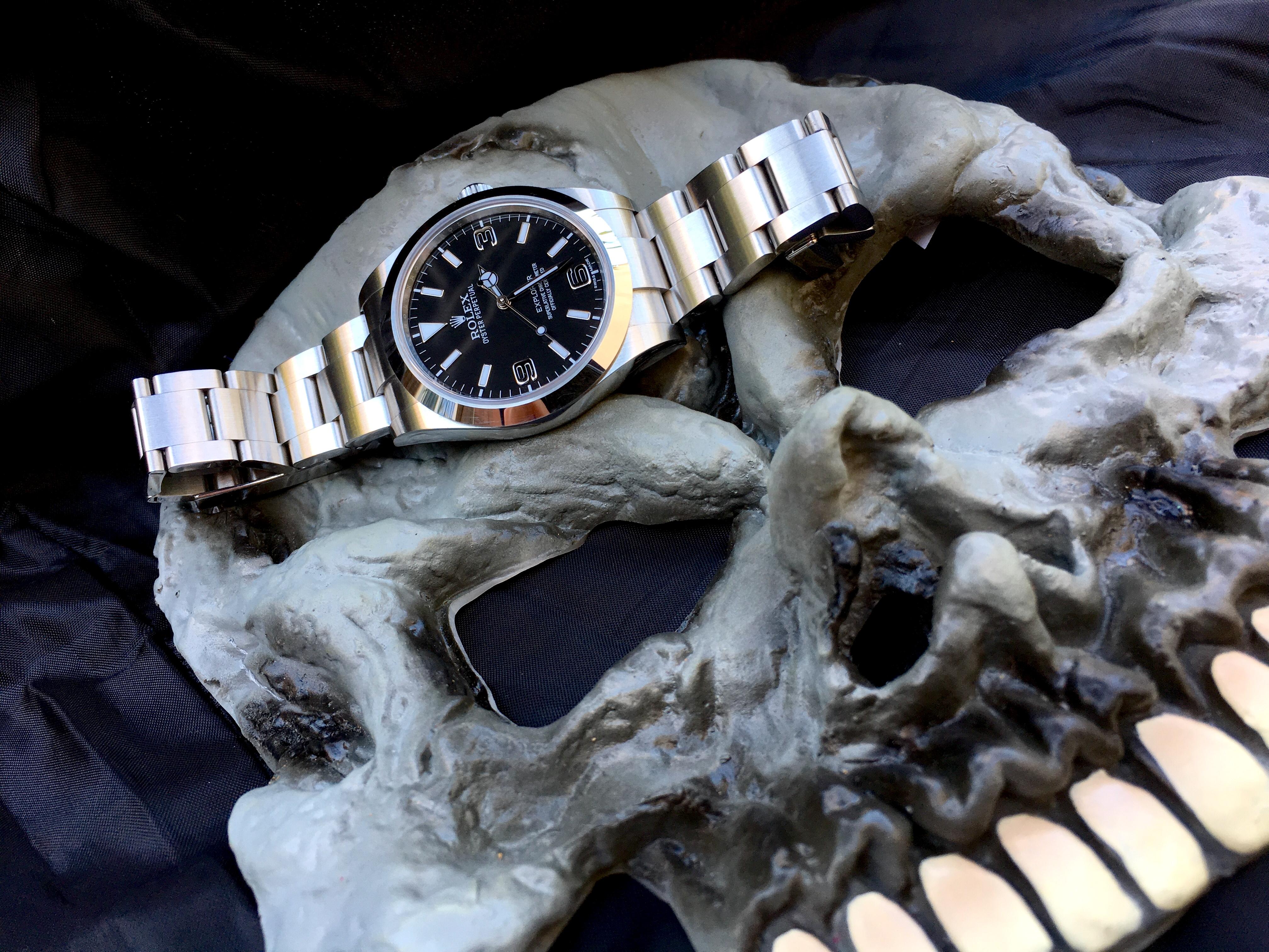 La montre d'Halloween!!! Bouh!! 848049AEAA8B359E074310AEE92B22071FA38F
