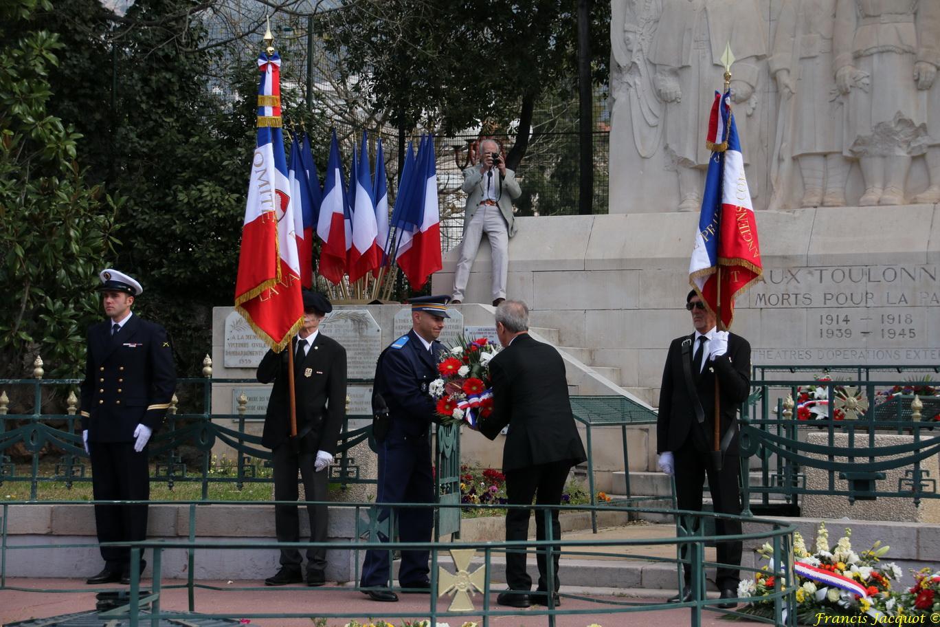 [ Histoires et histoire ] Journée nationale du souvenir et de recueillement à la mémoire des victimes civiles et militaires de la guerre d'Algérie et des combats en Tunisie et au Maroc. - Page 2 8513274208