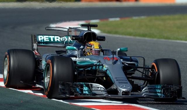 F1 GP d'Espagne 2017 (éssais libres -1 -2 - 3 - Qualifications) 8541602017gpdespagneessaislibres1LewisHamilton