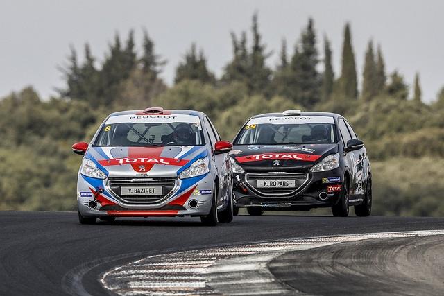 Drapeau A Daliers Sur Une Saison Record Des Rencontres Peugeot Sport ! 85460937828561671050e007b13z