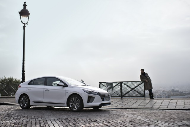 Hyundai IONIQ électrise la toile avec « l'After Electro Electric » 8547281415keyvisual3