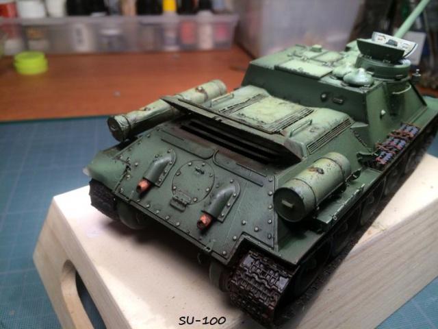 SU-100 marque Dragon 1/35 - Page 2 856450IMG3897