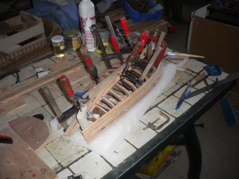 barque chalutiére au 1/20è d'après plans 858839DSCN2149