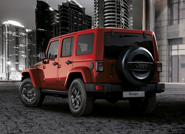 Jeep® au Salon de Genève 2017 876663170301JeepWranglerNightEagle02