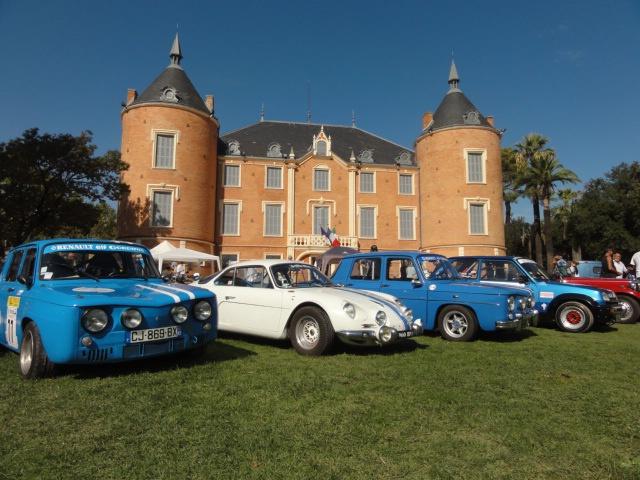 Des autos dans le parc du Château... 883960DSC00995