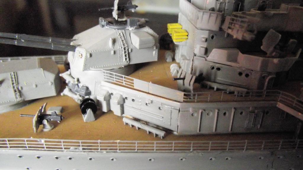Prinz Eugen Trumpetter 1x350 avec PE Eduard 889745PrinzEugen1x35040
